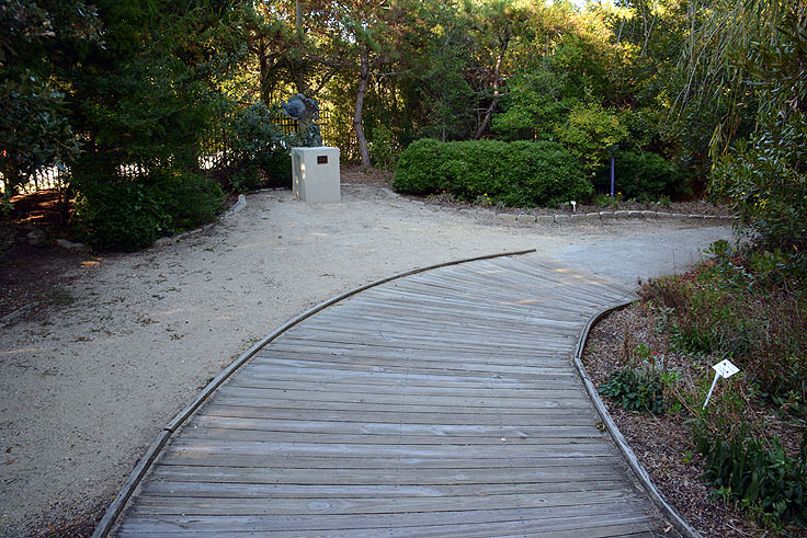 An outdoor nature walk at N.C. Aquarium at Fort Fisher