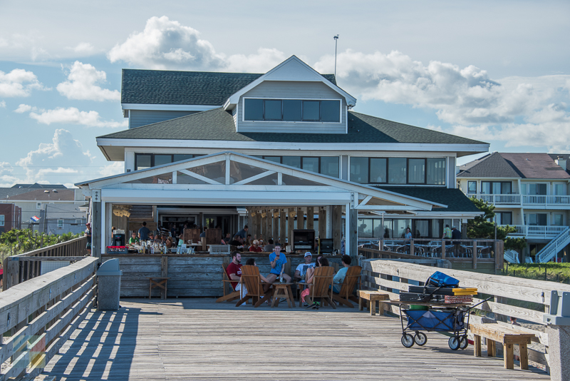 Eat on the Oceanic Restaurant pier